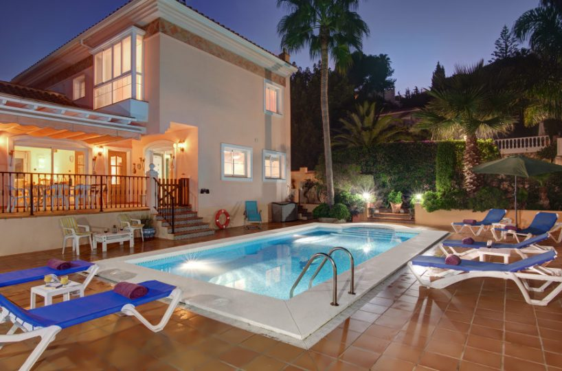 Villa for sale - Torrenueva